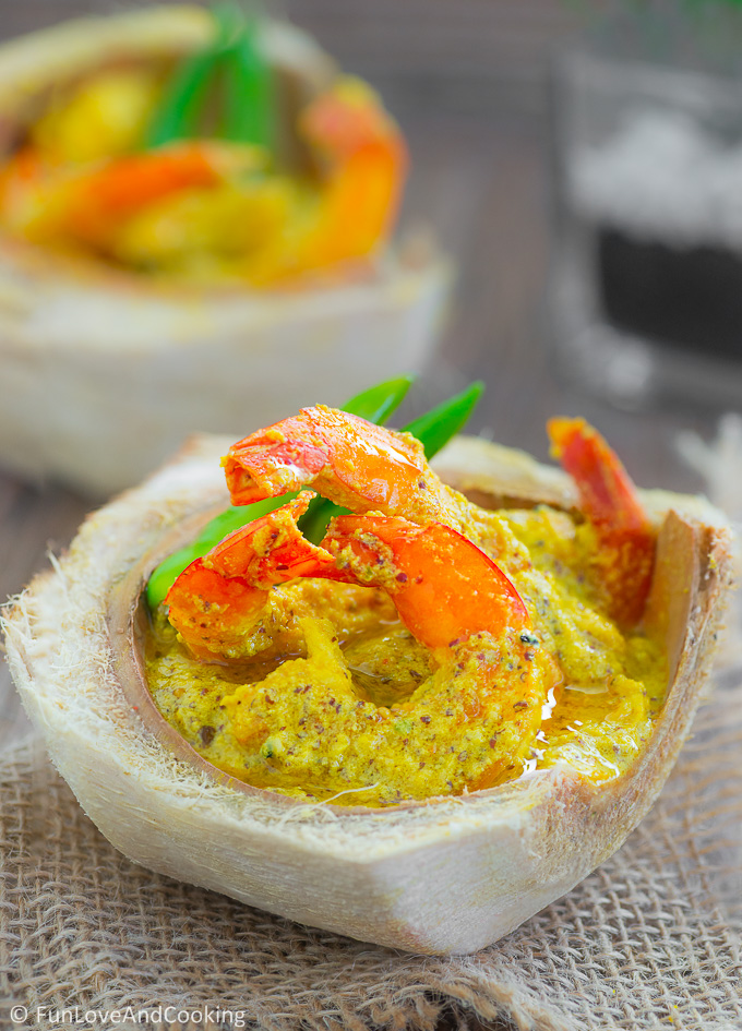 Daab Chingri - Prawns Cooked in a Tender Coconut Shell recipe funloveandcooking.com
