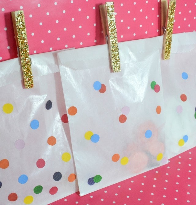 Rainbow Party Ideas, make your own rainbow confetti favor bags for guests to take treats home