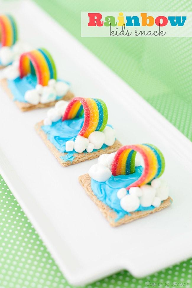 Rainbow Party Ideas, adorable graham cracker rainbow treat for rainbow party