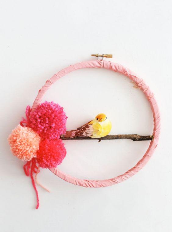 DIY Spring Wreath with pom poms