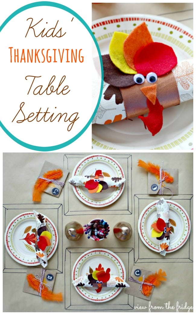 Grab a roll of craft paper and toilet paper rolls and create an adorable Thanksgiving Kids table.