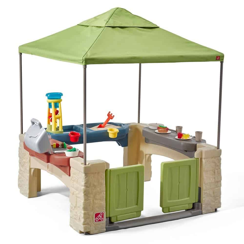 kids outdoor play kitchen with water play