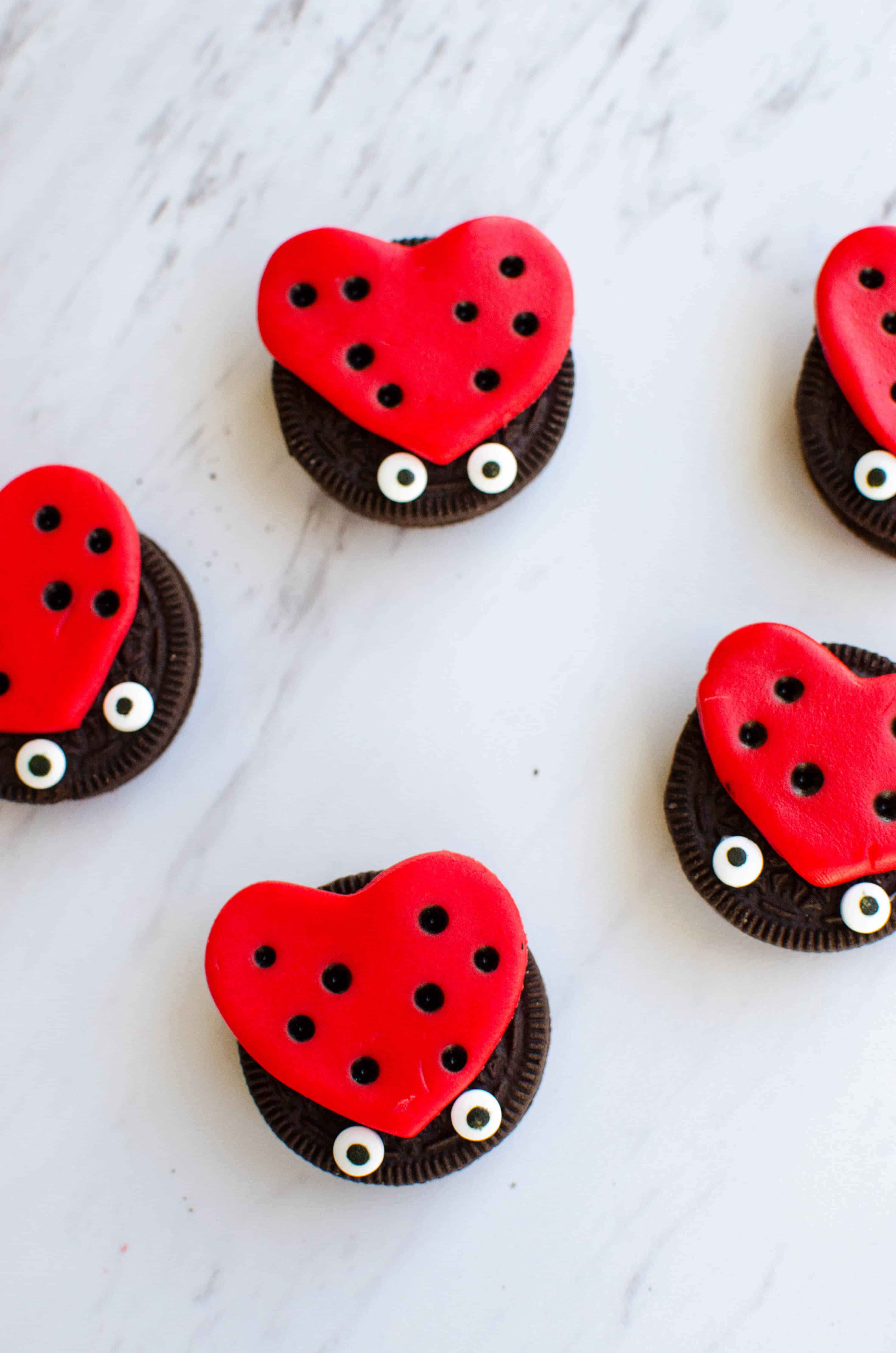 valentines day oreo love bugs
