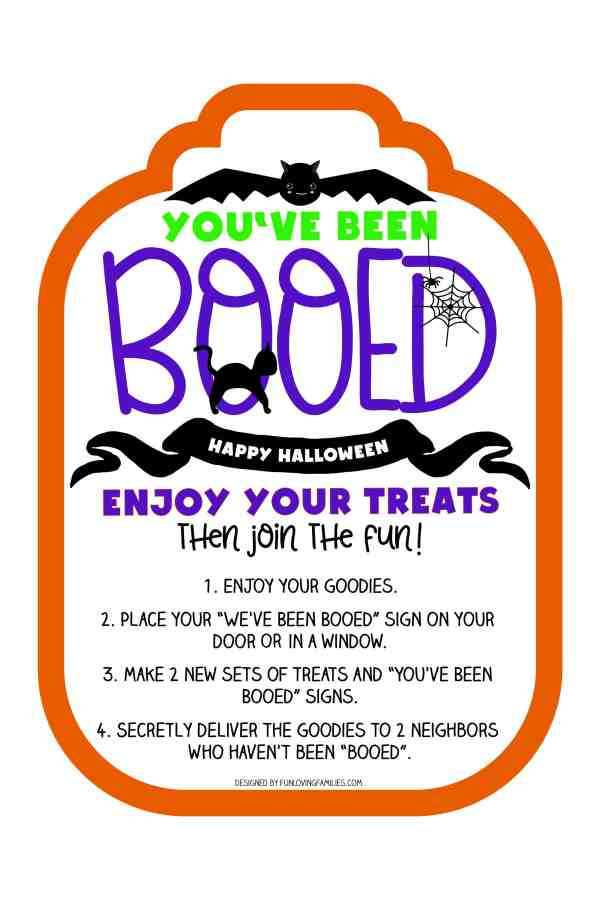 You've been booed sign with cute bat design. Use this free printable and make a fun boo bakset full of Halloween treats. Fun neighborhood Halloween game. #booed #halloweenprintable #cute #bat #boo #sign