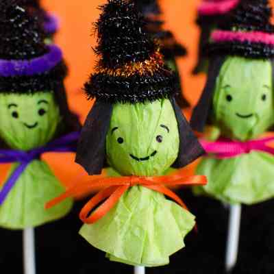 Adorable Lollipop Witches for Halloween Party Favors