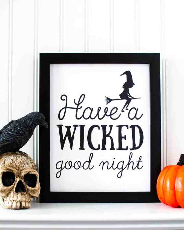 Halloween printable wall art: Grab this free set of 8X10 Halloween art prints. Perfect for Halloween decorating on a budget! #halloween #halloweendecor #halloweenwallart #halloweenprintables #freeprintables #wicked #funlovingfamilies