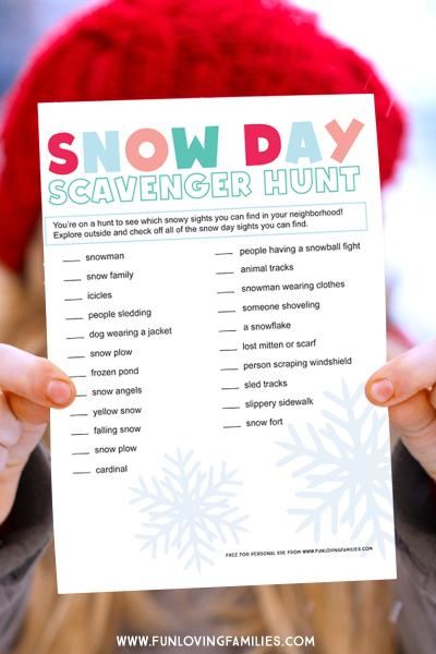 I love this snow day idea for kids! Print of this sheet and go outside with the kids during the next snow day and see how many things you can spot. Fun snow day activity for families. #snowday #snowdayidea #snowdayactivity #funwithsnow #winteractivity #winterprintable #printablekidsactivity