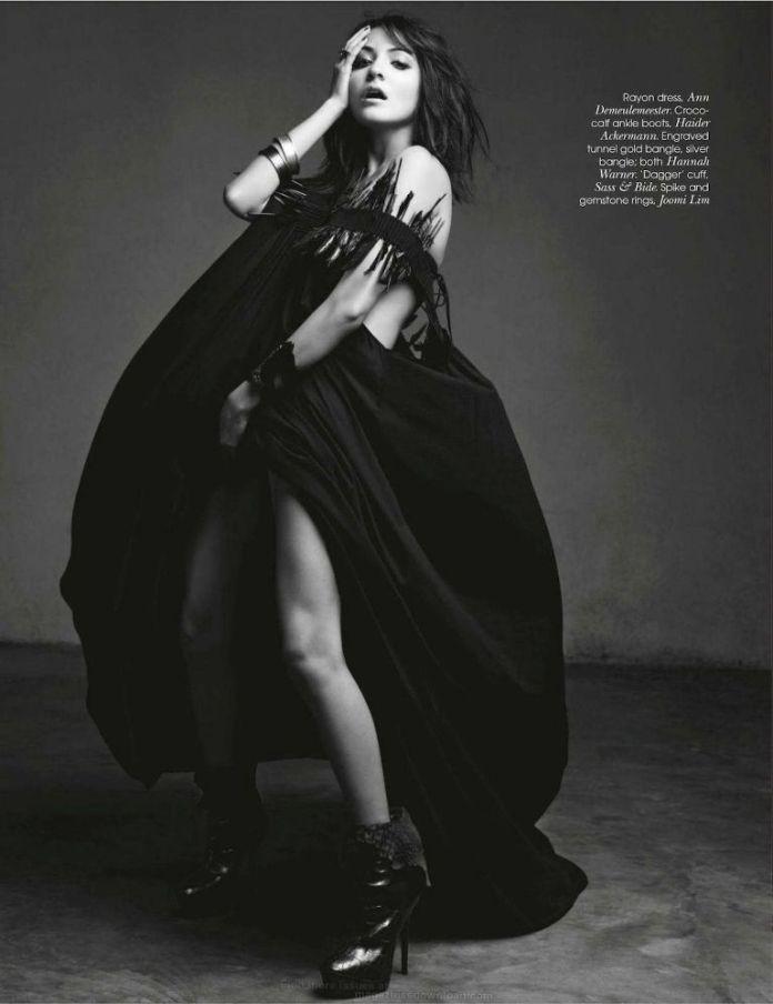 anushka-sharma-vogue-magazine- (8)