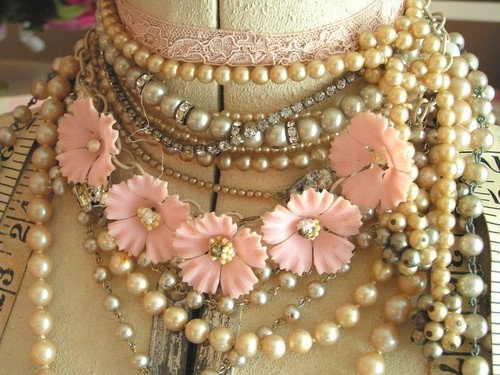 cute-pink-teenage-girl-stuff- (4)