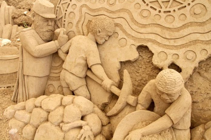 japanese-museus-of-sand-sculpture- (2)