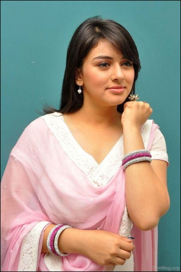 hansika-motwani-photos-in-churidar-dress- (2)