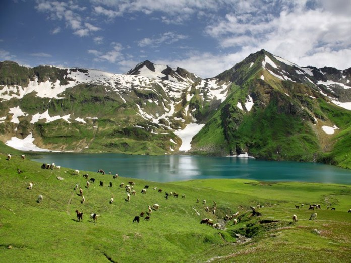 landscape-of-pakistan-kaghan-valley- (4)