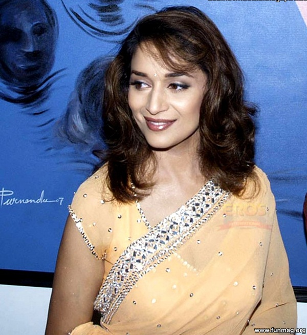 photos-of-madhuri-dixit- (3)