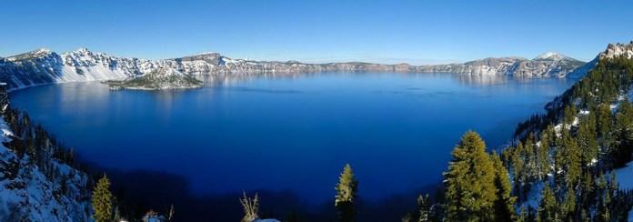 beautiful-natural-lakes-26-photos- (15)