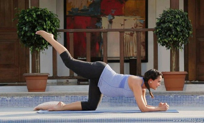 lara-dutta-photoshoot-for-prenatal-yoga-dvd- (3)