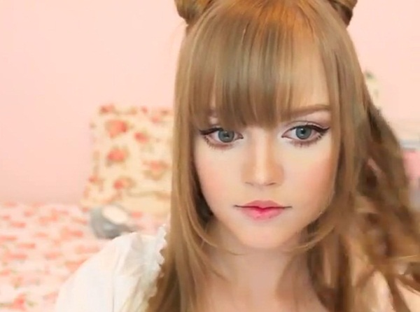 living-barbie-doll-dakota-rose- (21)
