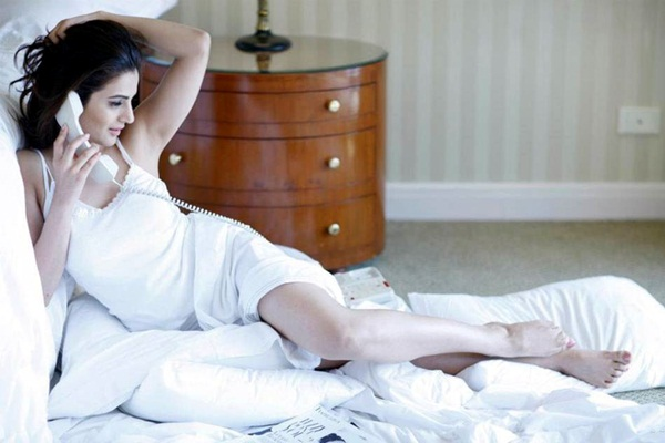 amisha-patel-latest-hot-photoshoot- (5)