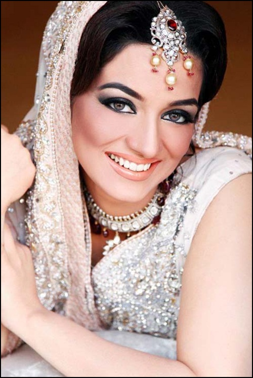bridal-makeup-by-sabs-salon- (6)