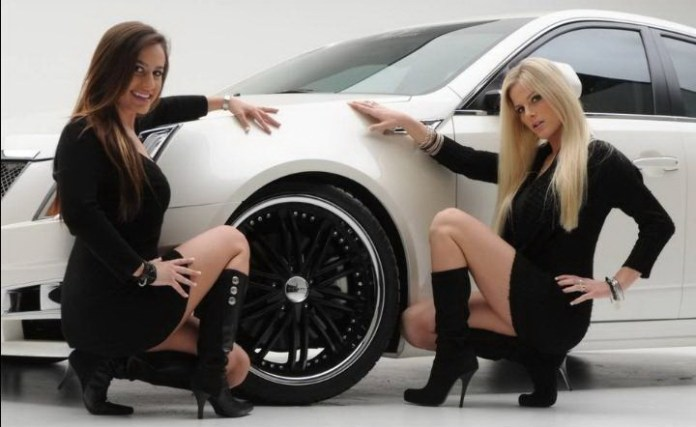 girls-with-exotic-cars- (19)