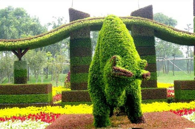 topiary-animals- (18)