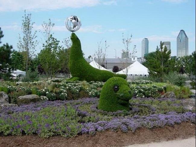 topiary-animals- (22)