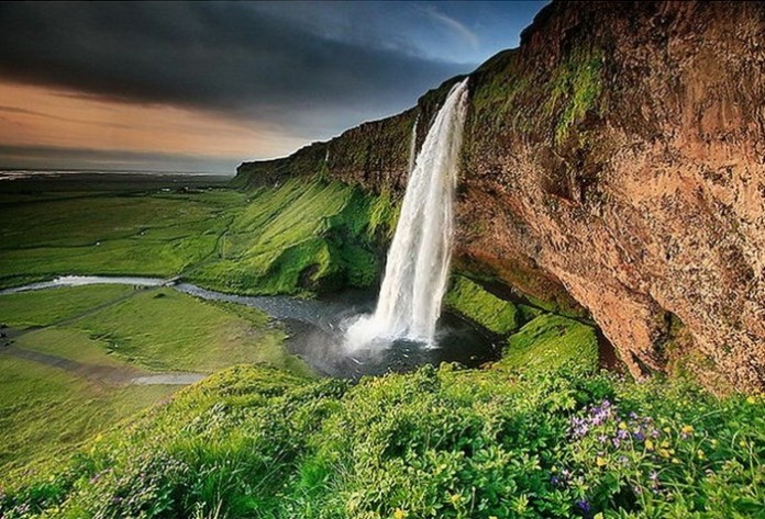 beautiful-waterfall-21-photos- (15)
