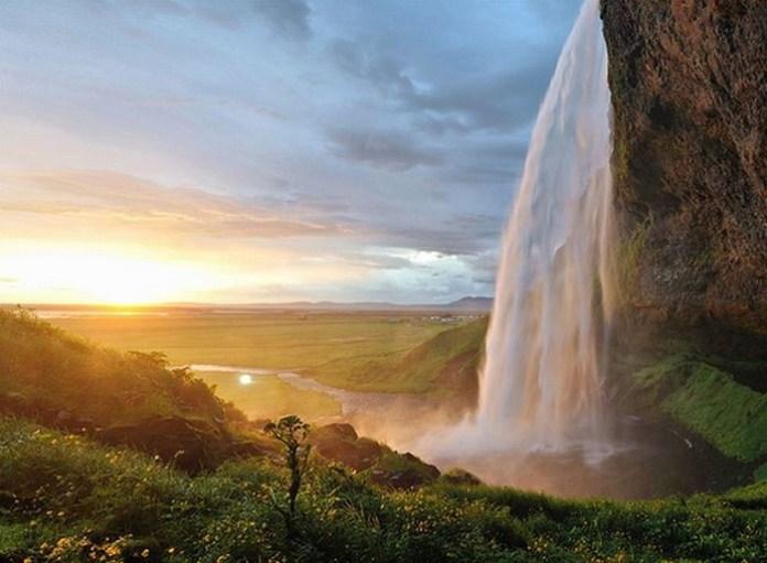 beautiful-waterfall-21-photos- (16)