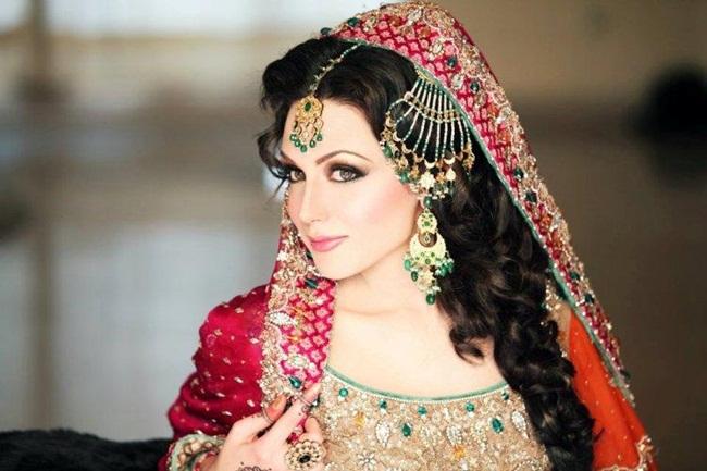 ayesha-akhtar-bridal-makeover- (1)