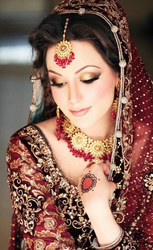 ayesha-akhtar-bridal-makeover- (8)