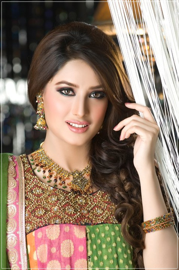 mehwish-hayat-photos- (4)