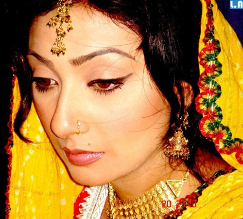 ayesha-khan-photos- (19)