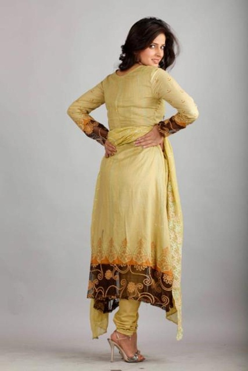dawood-lawn-collection-2012-jami-motif-embroidery- (8)