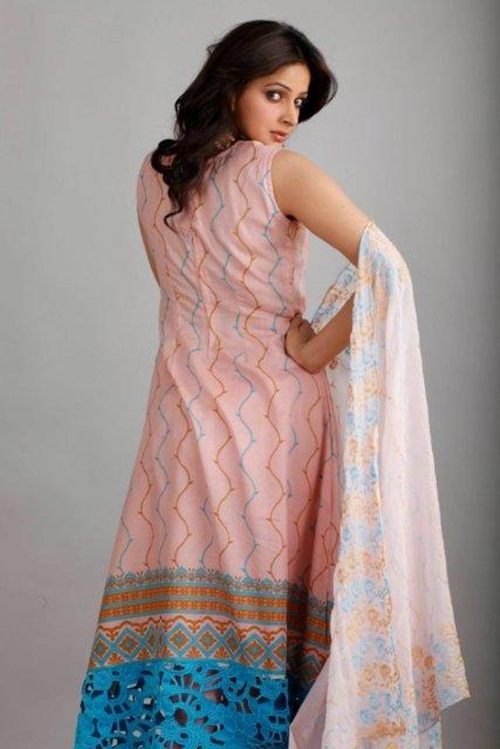 dawood-lawn-collection-2012-jami-motif-embroidery- (12)