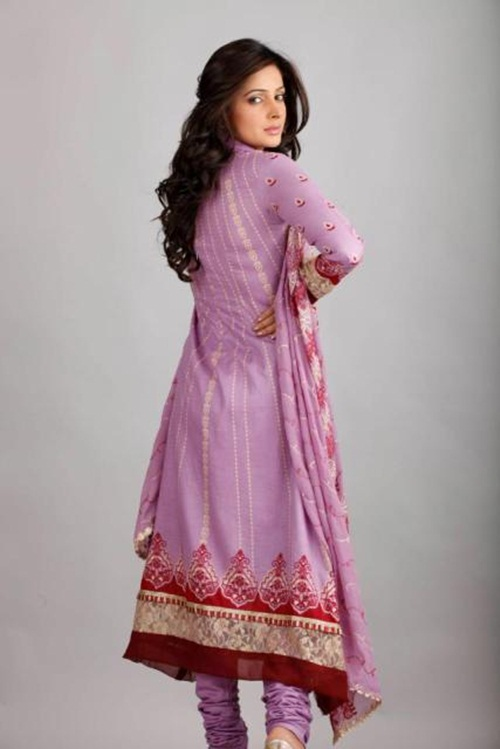 dawood-lawn-collection-2012-jami-motif-embroidery- (13)