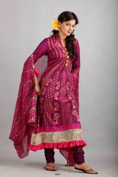 dawood-lawn-collection-2012-jami-motif-embroidery- (15)
