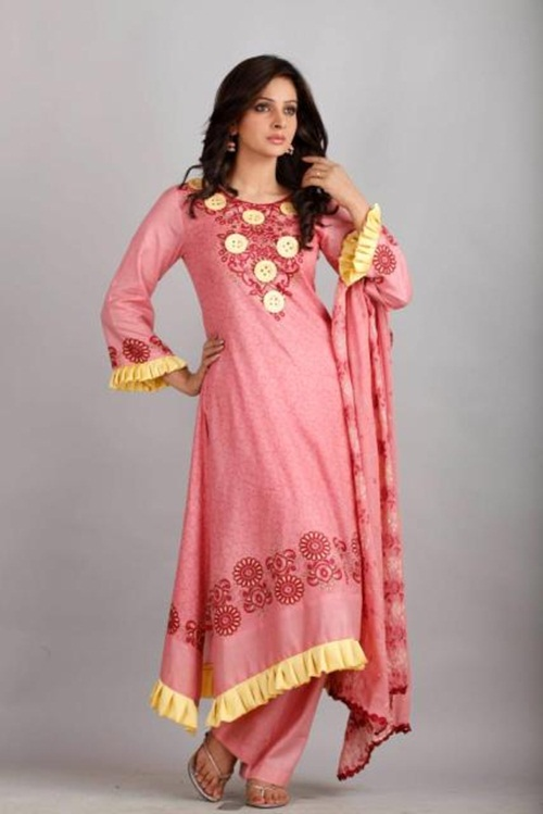 dawood-lawn-collection-2012-jami-motif-embroidery- (25)