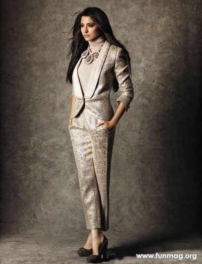 anushka-sharma-photoshoot-for-marie-claire-magazine-2012- (5)