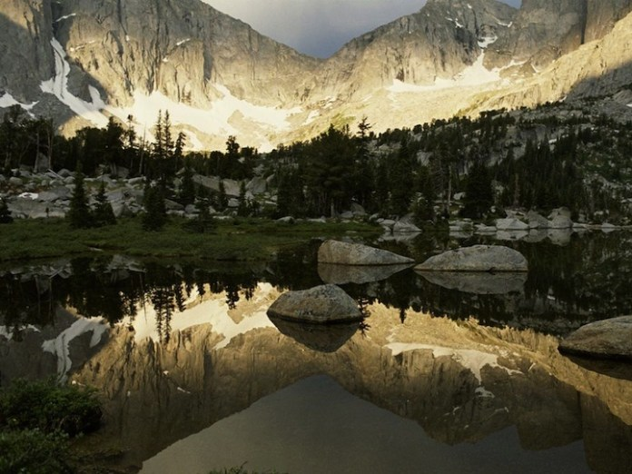 mountain-reflection-08