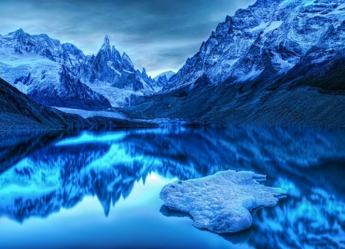 mountain-reflection-11