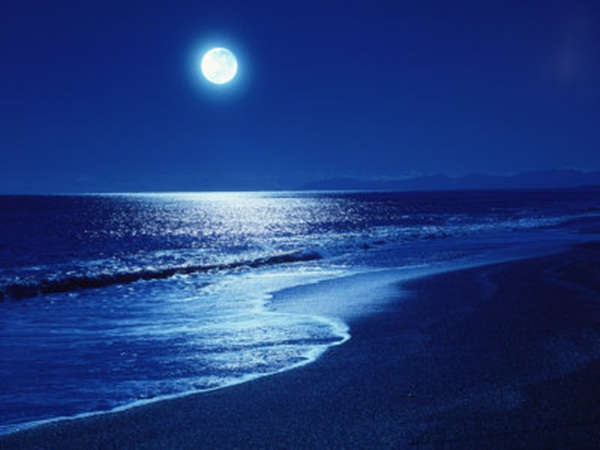 beautiful-moon-pictures- (16)