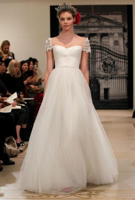 traditional-wedding-gowns- (7)