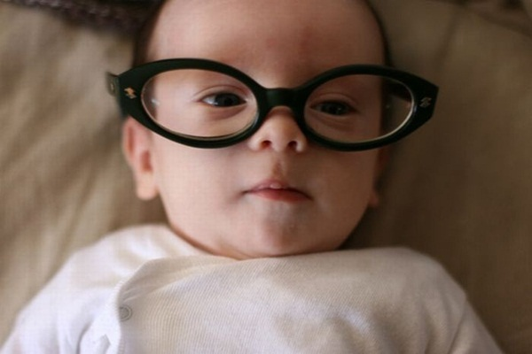 babies-in-glasses- (9)