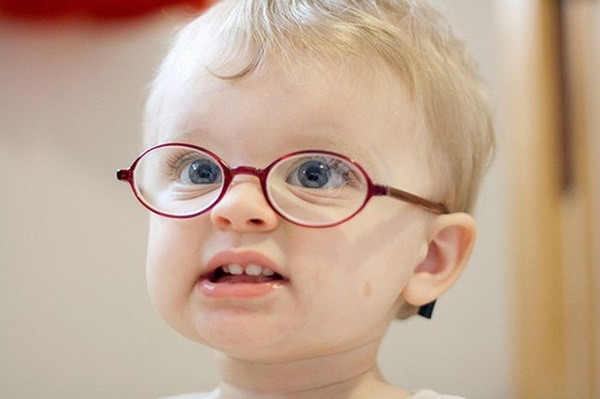 babies-in-glasses- (17)
