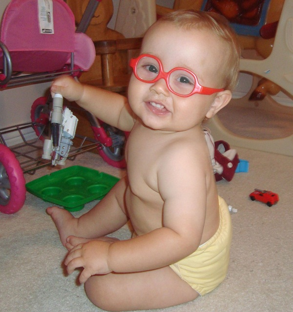 babies-in-glasses- (24)