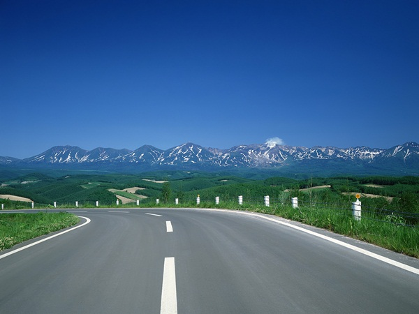 beautiful-roads-of-the-world- (1)