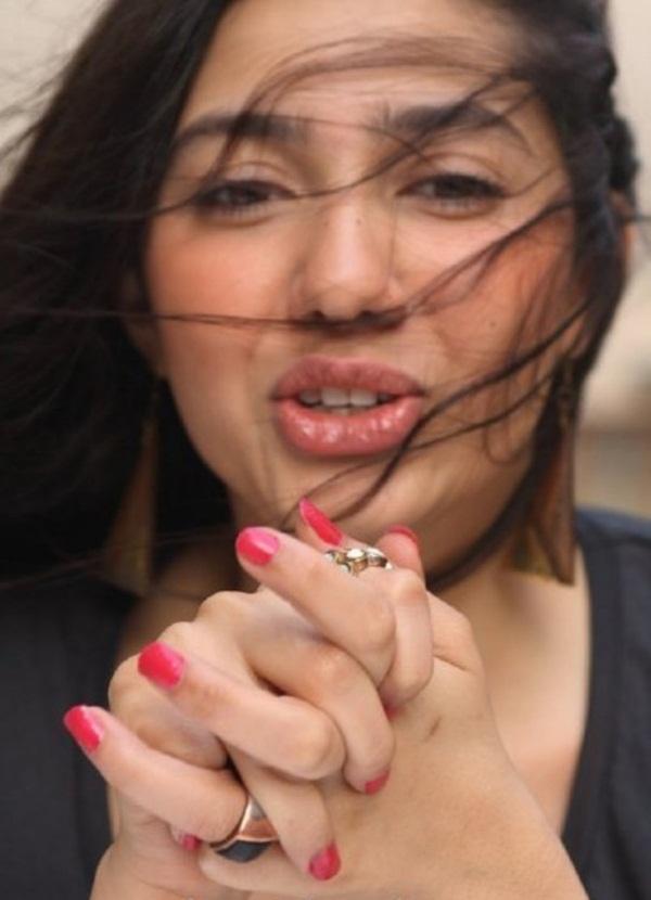pakistani-actress-mahira-khan-photos-31