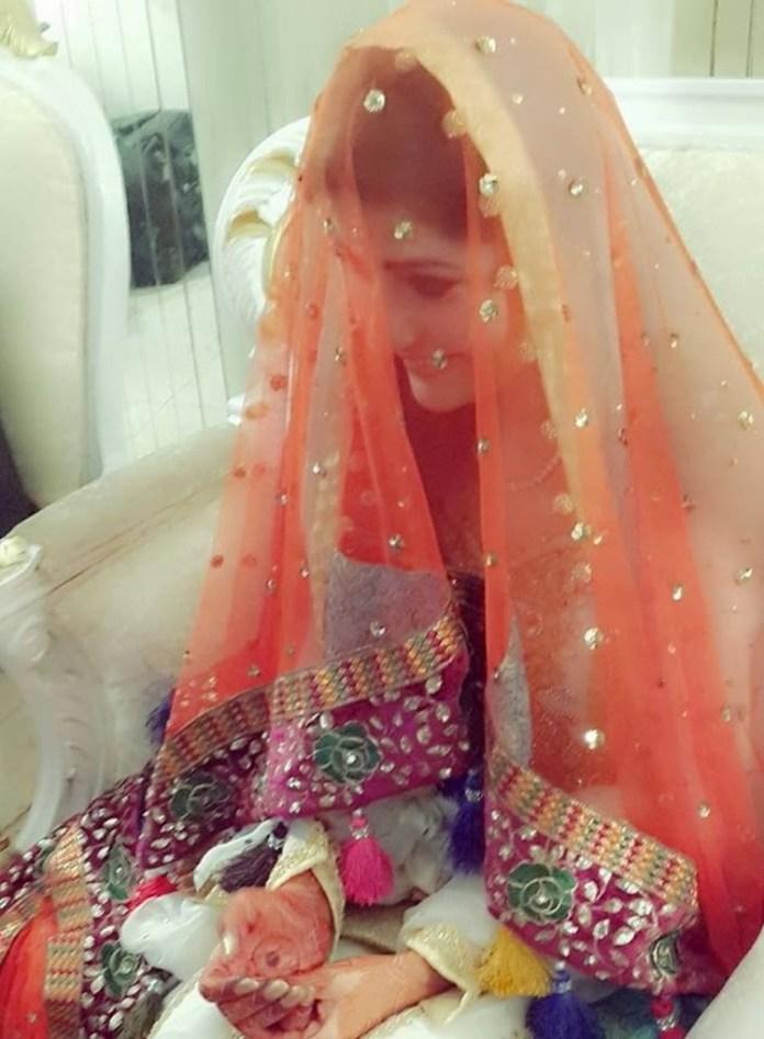 pakistani-actress-sanam-baloch-photos-18
