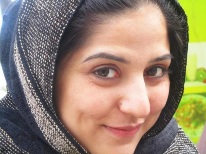 pakistani-actress-sanam-baloch-photos-27