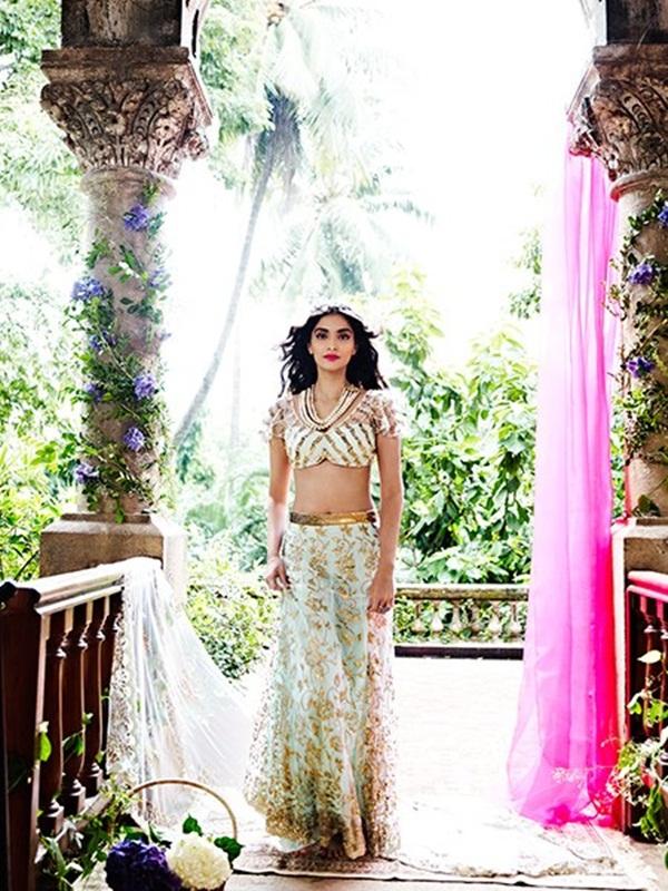 sonam-kapoor-latest-photoshoot-for-shehla-khan- (2)