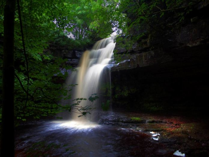 picture-of-waterfalls- (3)